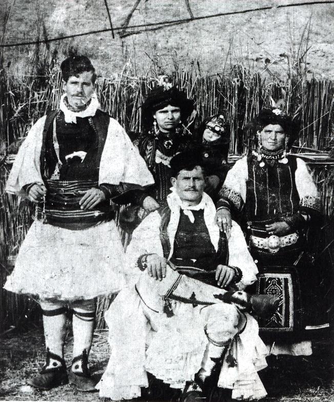 Sarakatsanoi Tseligkes, one of the major subgroups of the nomadic shepherds of southern Macedonia and Thrace.