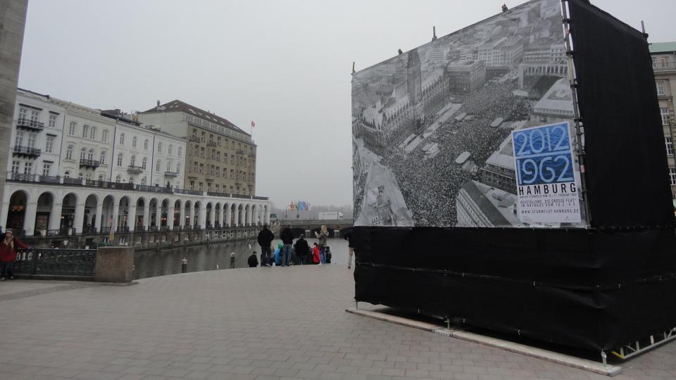 The Hamburg Flood in Public Memory Culture
